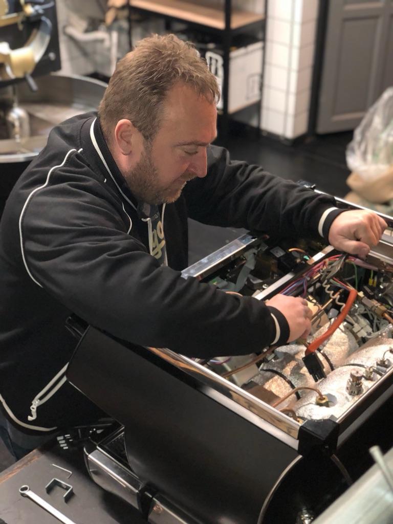 reparation af baristamaskiner